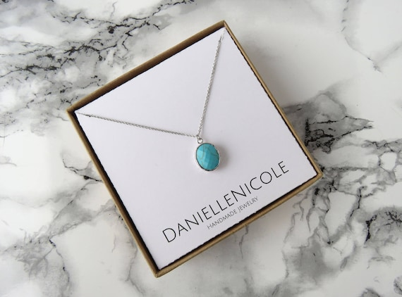 Turquoise Oval Pendant Necklace, Dainty Necklace, Dainty Jewelry, Pendant Necklace, Everyday Jewelry, Statement Jewelry, Boho Necklace, Boho