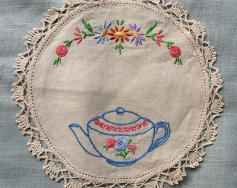 Vintage hand embroidered doily  - teapot and flowers 21 cm