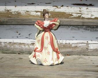 First Waltz Lenox Collections, Fine Porcelain Sculpture of a Beautiful Woman Dancing, Lenox from Japan Girls Gift Idea