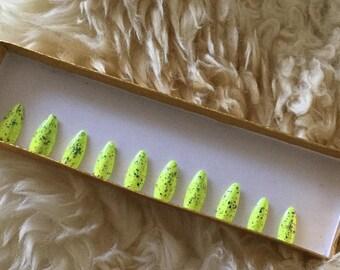 set of 20- Hand painted neon yellow  flake false nails - press on nails - Fake Nails - set of 20 any style - flake