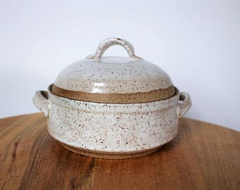 Ceramic Lidded Casserole Baking Dish with Handles Speckled White