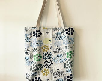 """Handmade tote bag, carry all bag for knitting project 14"""" x 11.5"""" x 3"""" * Flower Shop*"""