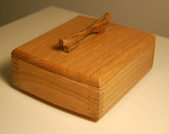 Short Bombur Keepsake Box