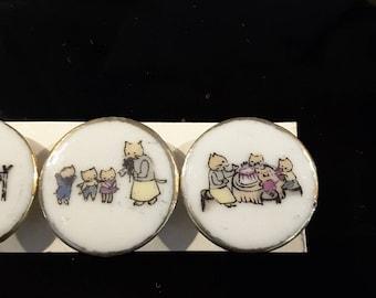 Vintage set (4) of 1940's '3 little kittens' nursery rhyme buttons.