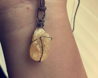 Yellow-beige wired Calcite Crystal  necklace