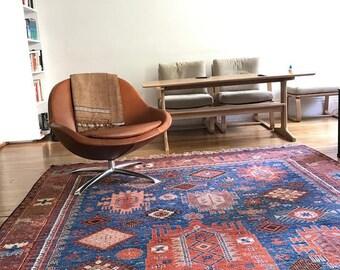 Afghan hand-wovern balouch design (antique design recreation)