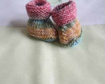 """Multicolor"" baby booties size 0/3 months - hand made knit"