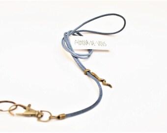Cordon fantaisie en cuir couleur blue jean vieilli pour stylo/clés/badge/cigarette électronique et breloque ondulée en métal bronze