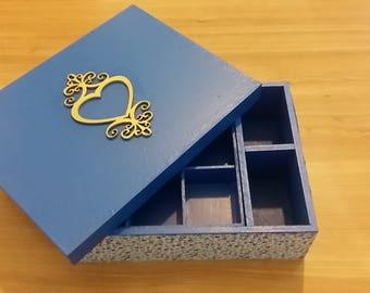 Blue charm jewelry holder