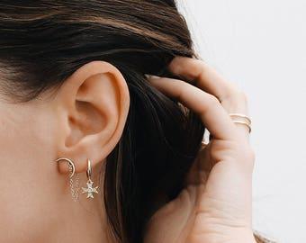 Moon Chain Earrings, Gold Chain earrings, Silver chain earrings, Half moon earrings, Minimalist jewelry, E036