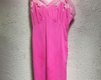 Pink Aristocraft slip size 32