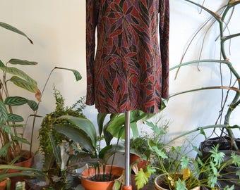 Sparkly Long Sleeve w Geometric Floral Print, size Medium