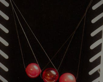 Crew neck red blown glass beads