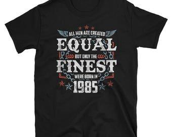 Born In 1985 Men's Birthday T-Shirt