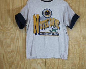 Vintage 1980's NOTRE DAME Fighting Irish Savvy Cotton T Shirt T-shirt Tee Medium Large