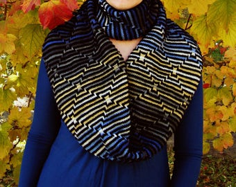 Hand knit womens infinity scarf Textured knitted women cowl Multicolor stripes big eternity scarf Circle striped wool blue scarf Loop scarf