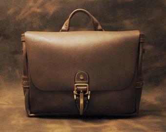 Custom handmade leather messenger bag – Horween Chromexcel bag - Leather mail bag - Leather postal bag
