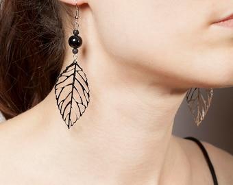 leaf earring black/transparent beads