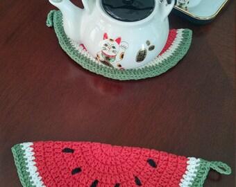 """Vintage style watermelon potholder/ hot pad/trivet    100% cotton 4 ply   10"""" x 5"""""""