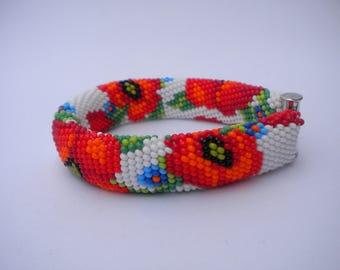 Beaded bracelet, flower bracelet, bright bracelet, poppies, floral pattern, gift for her, gift for woman, gift for Christmas