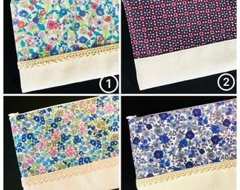 Japanese Floral Design Zipper Pouch