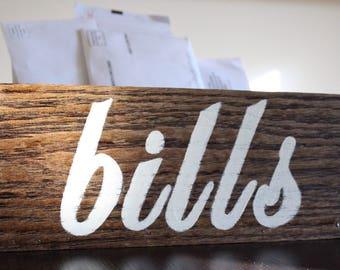 Farmhouse Wood Bills and Mail Box