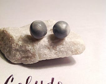 Silver and white Ball stud earrings