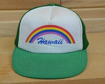 Vintage Hawaii Mesh Snapback Trucker Hat One Size Rainbow White Front Green Bill