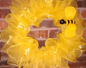 Sunflower with Bee Wreath