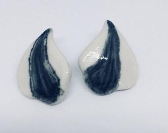 Black & White Parsley Vintage Earrings