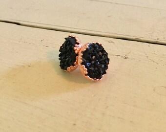 Black druzy crown earrings-rose gold crown earrings-black and rose gold earrings