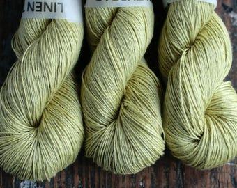 Linen yarn -- 6-ply - fingering -- pear green