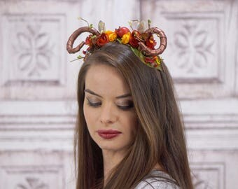 Autumn Rams Horn Headdress, Satyr Headpiece, Horned Headband, Fall Colors, Mori-Kei, Kawaii, Cosplay Faun Maenad Headband, Costume Horns