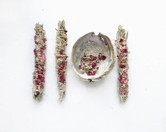 Minoan Rose Smudge Stick/Sage + Rose//Newlywed gift//wedding inspiration//love smudge//Honeymoon//Housewarming//Ceremonial smudge