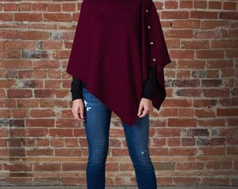 Quilted cape with side snaps in wine or grey