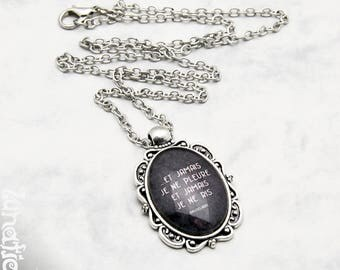 Et Jamais je ne pleure ne ris Baudelaire quote poem Death Time Life Gothic Necklace Fashion Jewelry Pendant Glasscabochon Handmade vintage