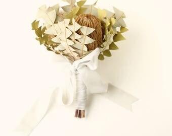 Banksia bouquet, Dried flower bouquet, Simple wedding flowers, Boho bridal bouquet, Banksia Baxteri, Unique dried flowers, Protea flowers