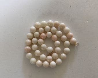 Antique 14K gold and Angel Skin Coral Bead Necklace - 585 gold