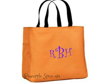 Set of 12 Monogrammed Bridesmaid Tote Bags, Personalized Custom Embroidery Bachelorette Party Overnight Bag