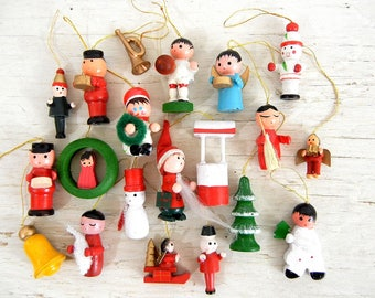 20 Vintage Christmas Wooden Ornaments | Snowman Angel Santa Tree Wreath and More
