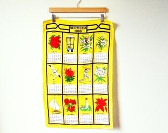 Bright Yellow 1985 Vintage Calendar Towel / 80s Bermuda Tea Towel / Linen Calendar Towel / Colorful Kitchen