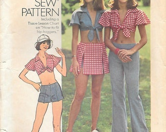 Simplicity 6352 1970sWide Leg Hip Hugger Pants or Shorts Midriff Top and Short Skirt Vintage Sewing Pattern Bust 32