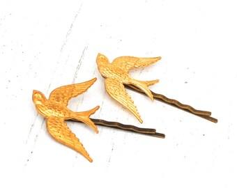 Gold Bird Bobby Pins Bird Hair Pins Woodland Wedding Bridal Hair Pins Gold Bird Headpiece Forest Wedding Gift for Her Bridesmaid Gift