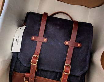 The Snug Harbor - Messenger Style / Back Pack Convertible Bag