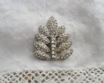 Vintage Deco Rhinestone Pave Leaf Brooch - Encrusted Rhinestone