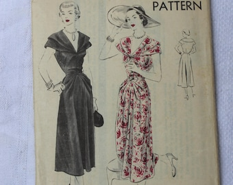 Vogue Sewing Pattern 6830 One Piece Dress Size 18 Factory Fold Original 1940s VINTAGE by Plantdreaming