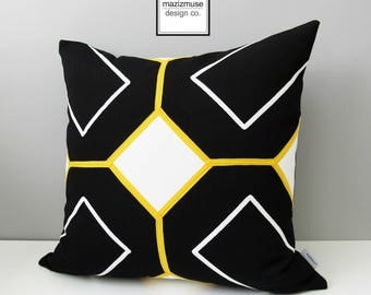 Black & White Geometric Outdoor Pillow Cover, Decorative Yellow Detail, Modern Throw Pillow Case, Sunbrella Cushion Cover, Mazizmuse