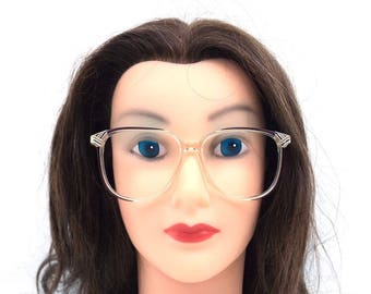 80s eyeglasses. deadstock vintage. monet eyeglasses. vintage eyeglasses. burgundy color. metallic stripe. plastic eyeglass frames. retro 292
