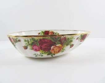 Vintage Royal Albert Old Country Roses Bone China Bon Bon Dish