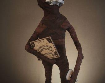 Mortimer - midget sculpture